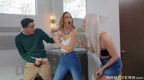 Brazzers - Stuck On Your Mom - Cherie Deville, Ricky Spanish