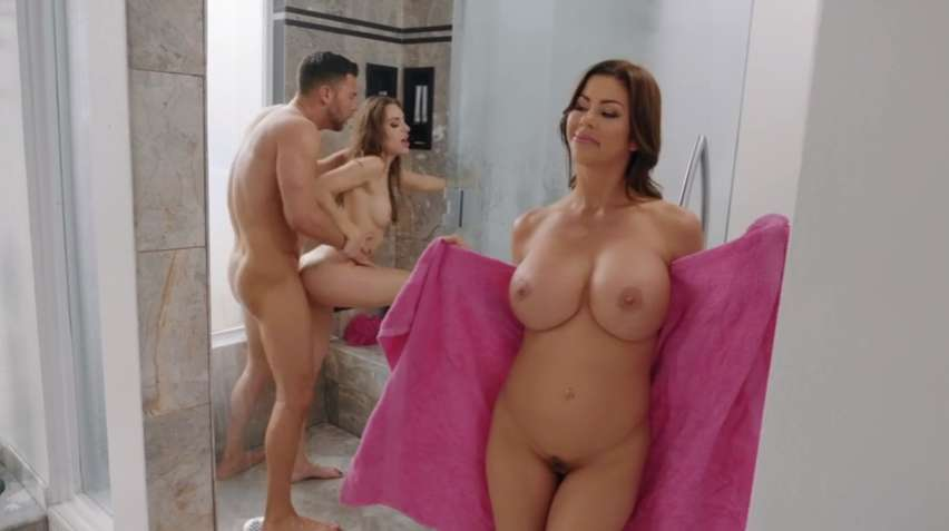 Kimmy Granger Alexis Fawx Seth Gamble - Realitykings - Threes Cumpany In The Shower