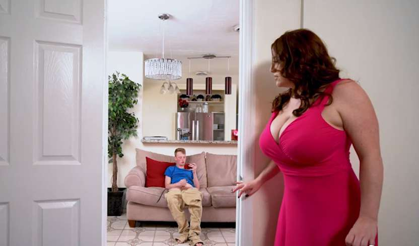 Maggie Green - Mom Is Horny - MILF Confronts Pervert Step Son