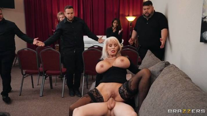 Brazzers Sally D'Angelo , Jimmy Michaels - Burying The Dick 10 Inch Deep